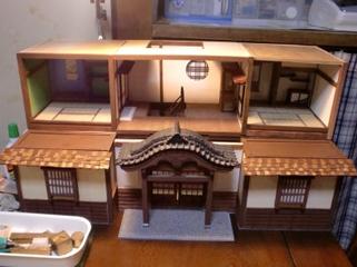 ディアゴスティーニ社の和風ドールズハウス。「伝統旅館を作る」。お客様の依頼による引き継ぎ制作。